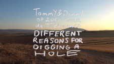 Tommy & Danny Op Zoek Naar De Toekomst: Different Reasons For Digging A Hole